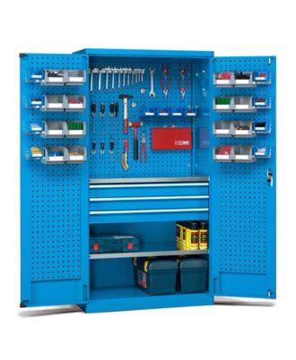 Armario con contenedores y paneles perforados. Capacidad de carga 800 kg